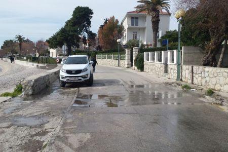 Besplatna web stranica za upoznavanje Kaštela Hrvatska